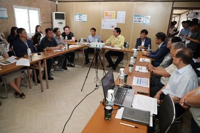 오세현 아산시장, 집단민원 발생 아파트 현장 찾아'민원 중재' 관련사진