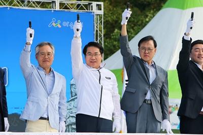 오세현 아산시장, 제9회 아산이순신마라톤대회 참석 관련사진
