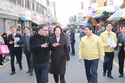 오세현 아산시장, 중소벤처기업부와 지역경제 현장점검 관련사진