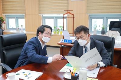 오세현 아산시장, 지역경제 활성화 위해 행안부차관 방문 관련사진