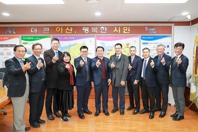 2019.12.23. 동관시 대표단 접견