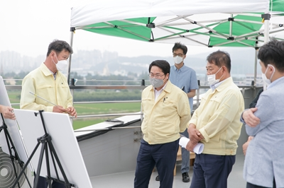 오세현 아산시장, 모종샛들지구·풍기역지구 도시개발사업 현장 방문 관련사진