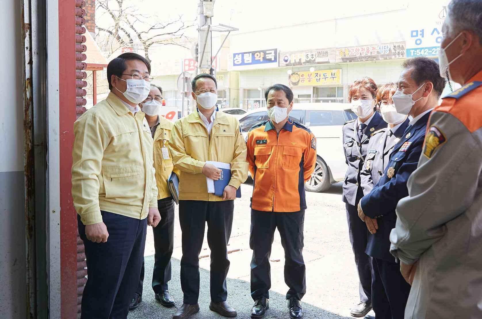 오세현 아산시장, 의용소방대 청사 보수 지원사업 현장 방문 관련사진